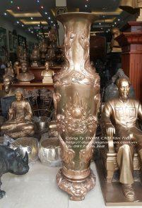 Lọ Hoa Đồng Đỏ Cạo Nổi Đôi Rồng Chầu Nguyệt Cao196cm