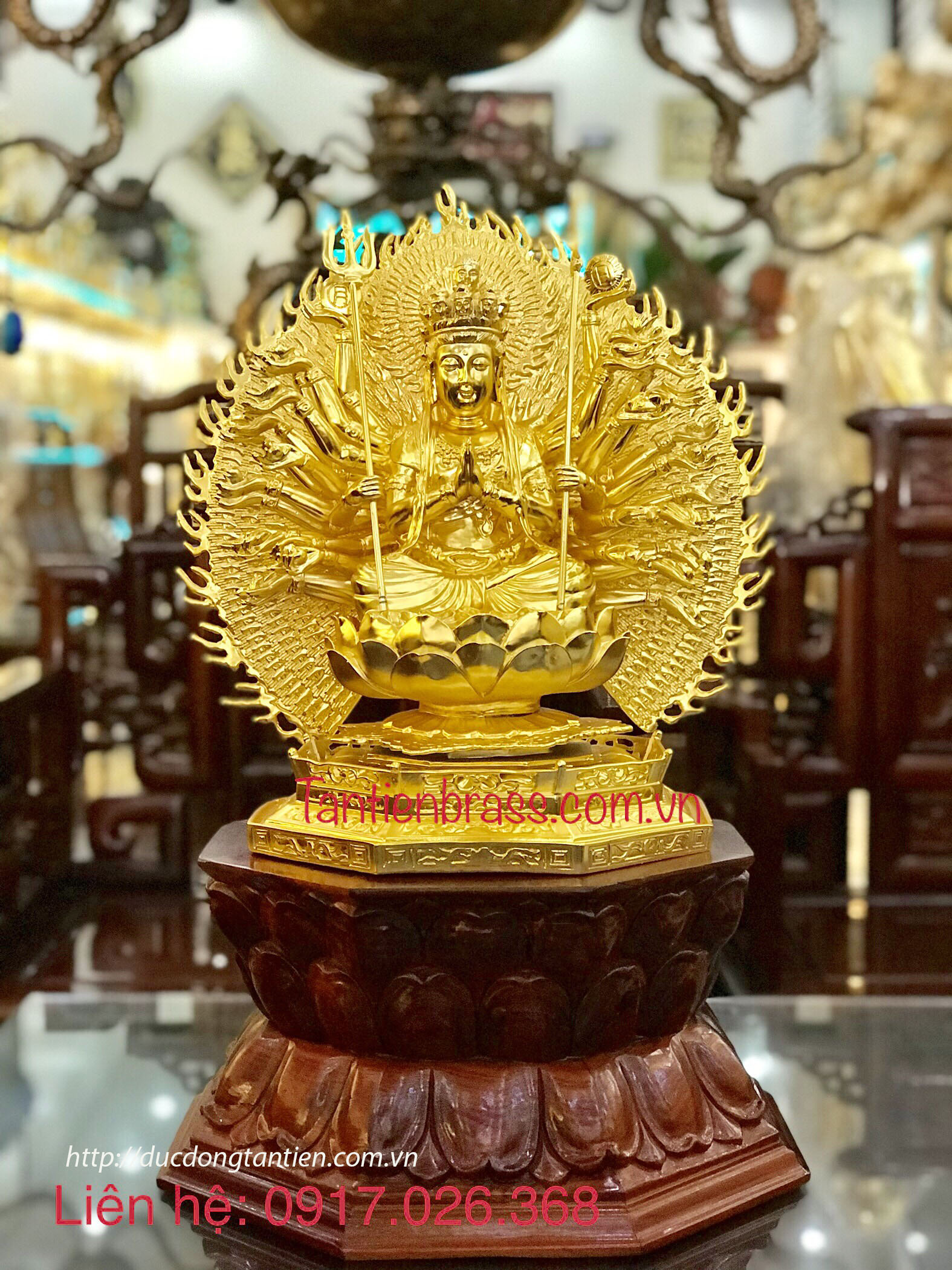 Tượng Thiên Thủ Thiên Nhãn Tọa Bệ Sen Gỗ Hương